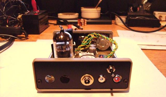 Hybrid Tube Headphone Amplifier