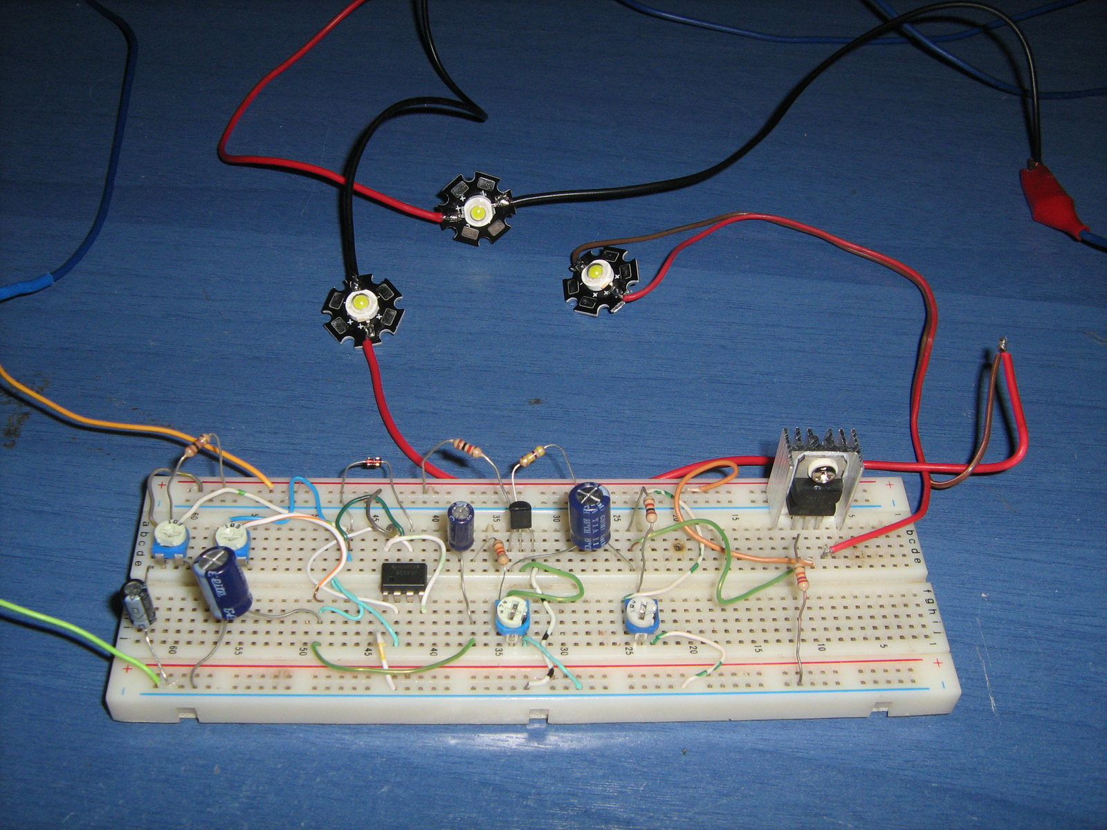 555 LED Pulsing Breathing Circuit