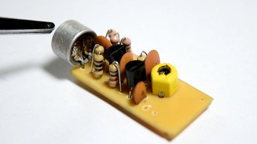 Mini FM Radio Broadcast Transmitter