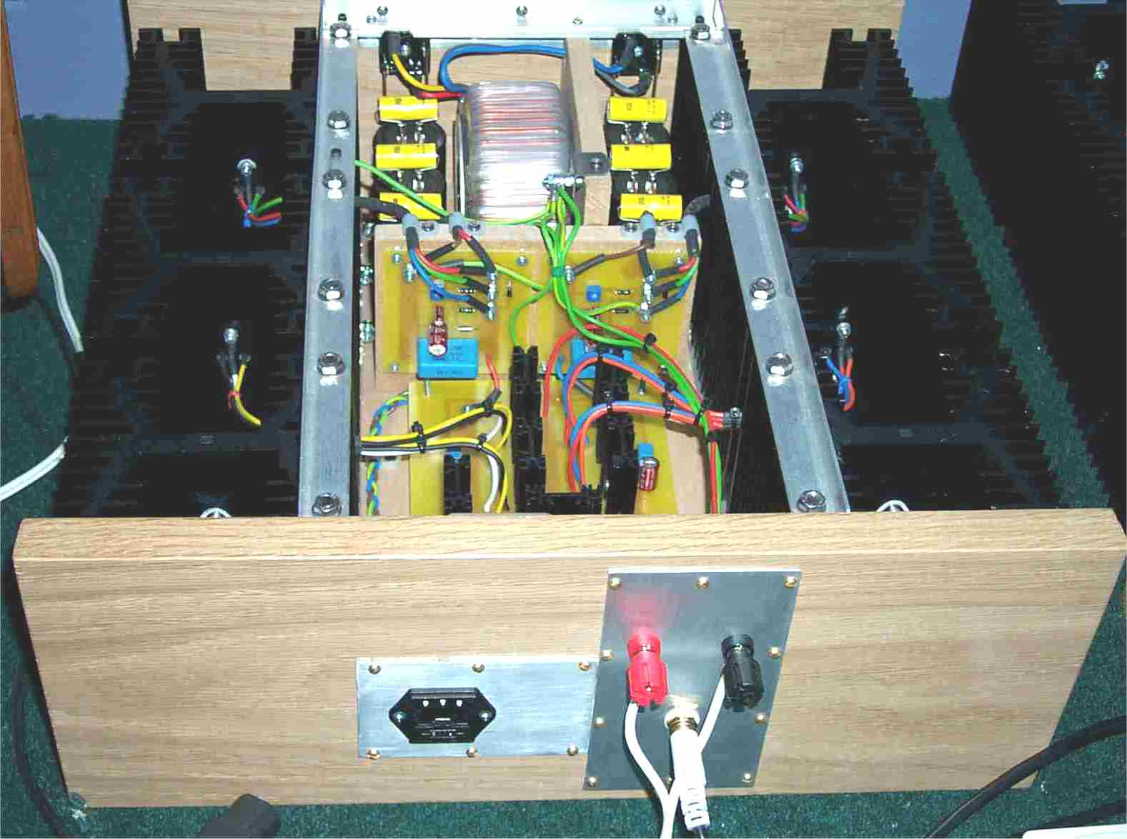 V A Lm Power Supply together with  furthermore Dsc moreover Pa Pcb Top besides Crystal. on vhf transmitter circuit