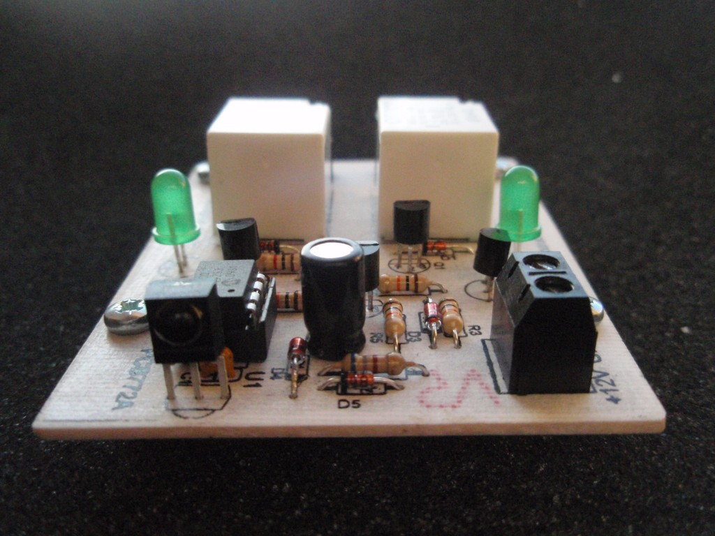 2 Channel Ir Relay Controller Electronicsdiycom Premium Quality Electronic Kits Lc Meter Kit